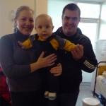 Тато, мама, та маленький Михайлик Антонюки